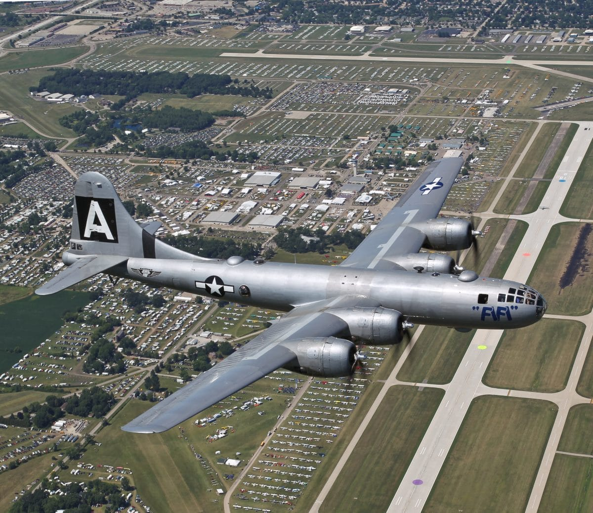 Iconic B-29 flies coast to coast this summer
