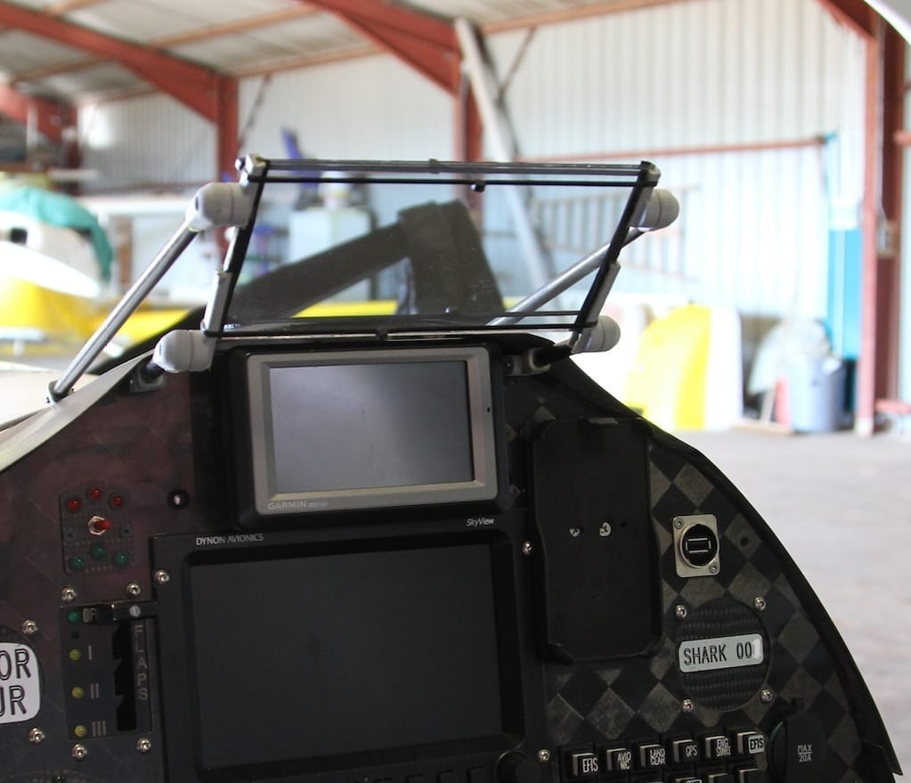 Aircraft Spruce first US dealer for new Heads Up Device