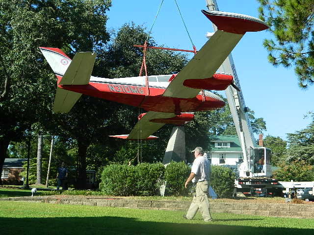 Dismantle Cessna 310 for transport to Greenville SC 056[1]