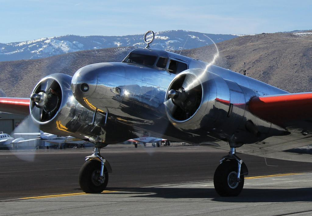 Lockheed Electra to fly to Museum of Flight Sept. 21