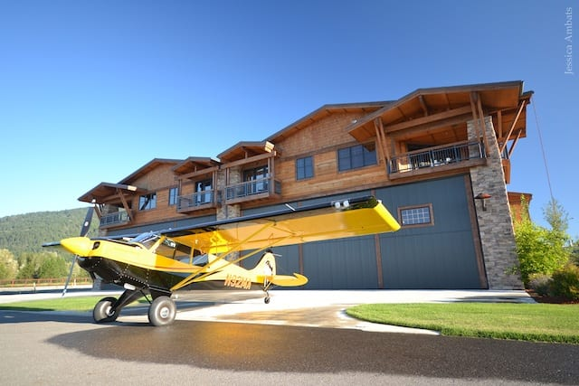 silverwing_sandpoint-exterior_husky_h