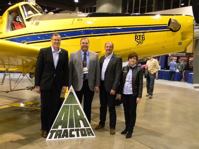 From left to right : John Saabas, President, P&WC, Jim Hirsh, President, Air Tractor, Denis Parisien, Vice President, General Aviation, P&WC and Maria Della Posta, Senior Vice President, Sales & Marketing, P&WC.