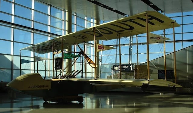 Lark of Duluth-DLH Airport