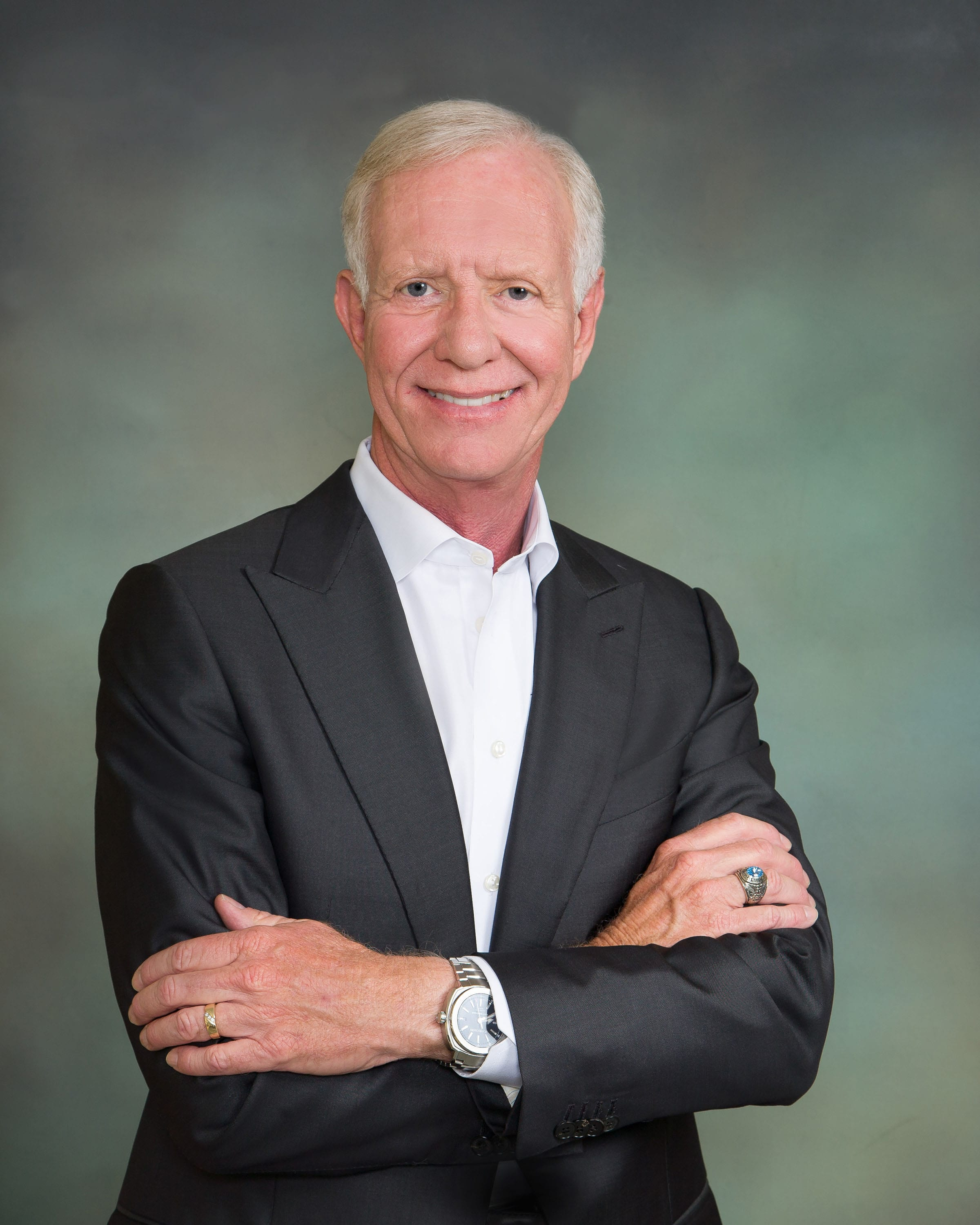 Sullenberger featured guest at Pacific Aviation Museum gala
