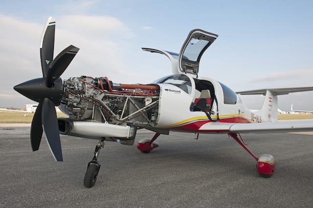 First flight diamond da50 with turbine engine for Aircraft motors for sale