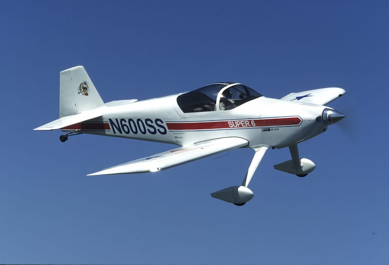 "An RV-6 ""Super Six"" in flight (EAA photo/Ken Lichtenberg)"