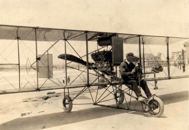 """A Curtiss D """"headless pusher"""" biplane. The standard Curtiss design by 1911, it followed the general basic configuration established by the Wrights. Smithsonian National Air and Space Museum."""
