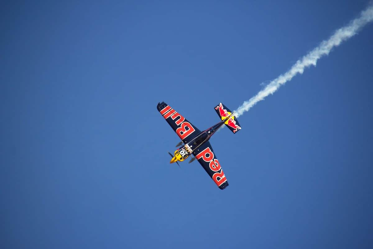 Red Bull Air Racing: Reality vs  TV