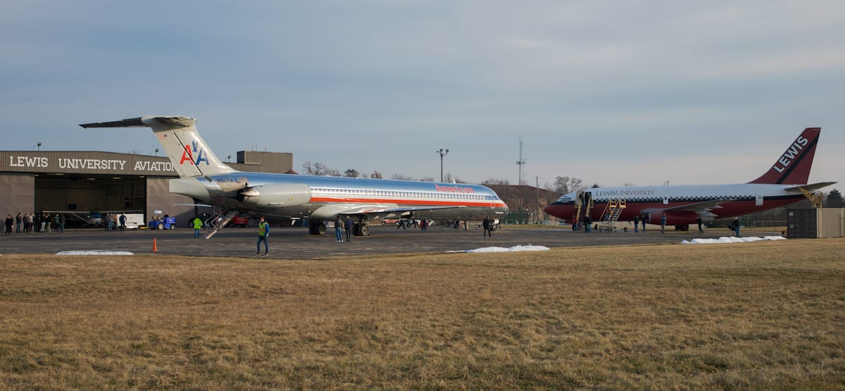 Lewis University welcomes retired MD-80 to its fleet